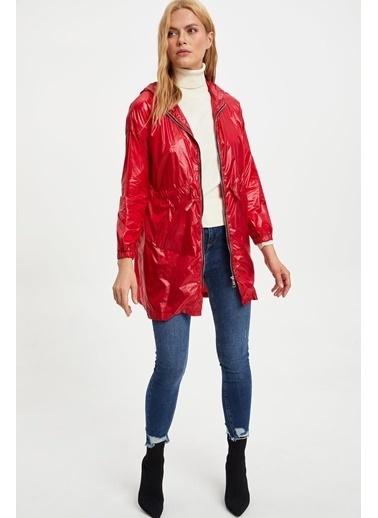 DeFacto Kapüşonlu Yağmurluk Kırmızı